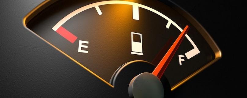чому автомобіль споживає забагато палива