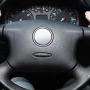 steering-wheel-noise-1