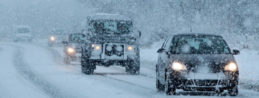 Motorists drive through snowy conditions in Pickering, northern England, on January 15, 2013. Heavy snowfall has hit parts of central and north east England, bringing sub-zero temperatures and travel disruption across the country.  AFP PHOTO / LINDSEY PARNABY        (Photo credit should read LINDSEY PARNABY/AFP/Getty Images)